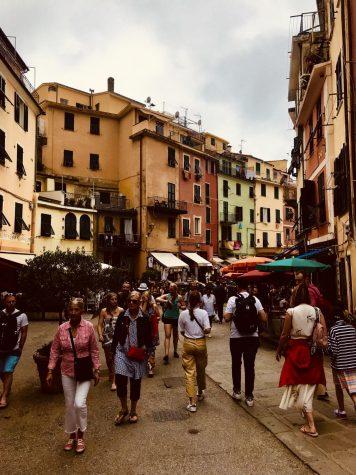 Il segreto della felicità è libertà. (the secret of happiness is freedom). Riomaggiore, Cinque Terre